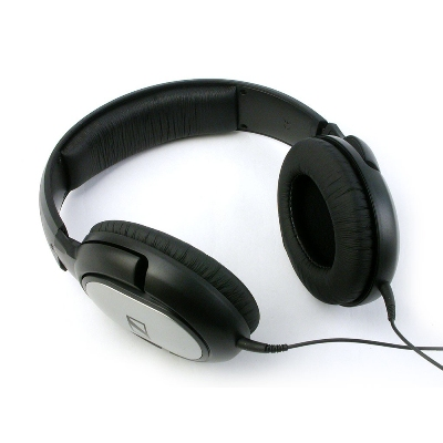 Sennheiser-HD-201--Closed-Back-Dynamic-Stereo-Headphones